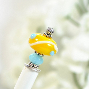 "Yellow Hair Stick, Small Summer Hair Bun Pin - ""Sandrine"""