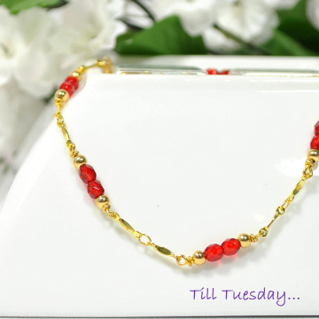 Chain Anklet, Red Ankle Bracelet, Gold Chain Anklet, Handmade Anklet, 9.5 inch Anklet, Red Ankle Bracelet, Beaded Chain Anklet